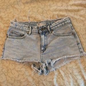 Bullhead distressed high-waisted denim shorts